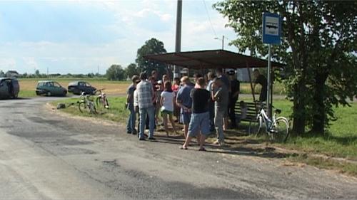 INTERWENCJA. W Dworach czekają na autobus - ZOBACZ FILM