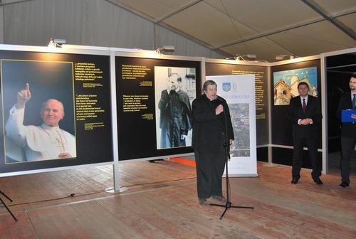 Do zwiedzania zapraszają pełniący funkcję prezydenta Janusz Chwierut i ks. dziekan Krzysztof Straub.
