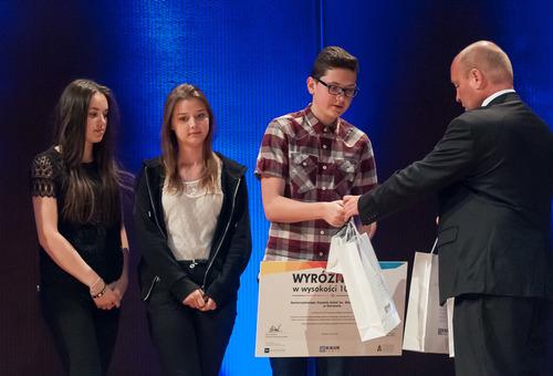 Utalentowani uczniowie z Gorzowa odbierają laury Fot. nadesłane