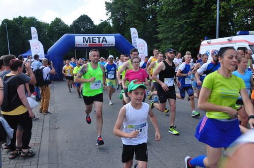 W biegu udział wzięło ponad 500 osób. Fot. Szymon Chabior