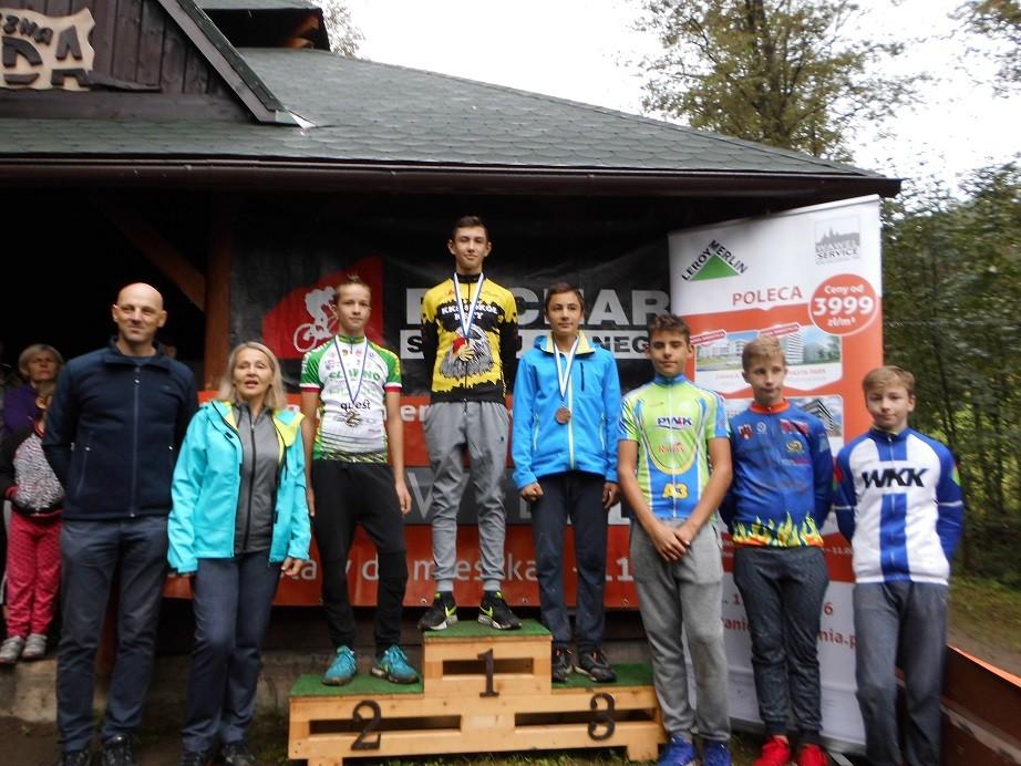 Z dużymi sukcesami startowali ostatnio kolarze kęckiego Sokoła. Fot. www.kety.pl