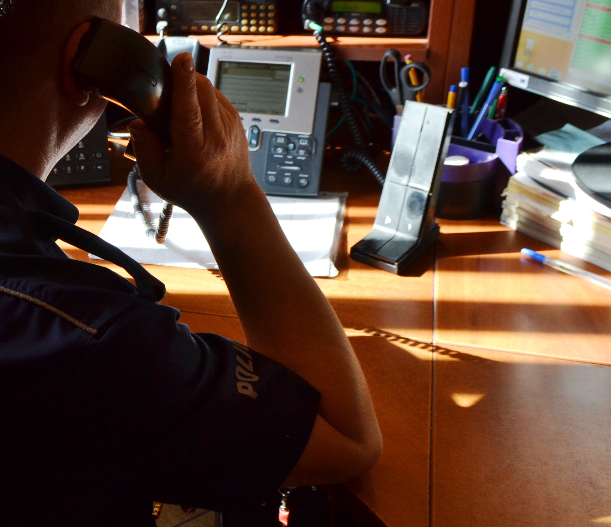 KĘTY. Desperatowi pomógł policjant. Przez telefon