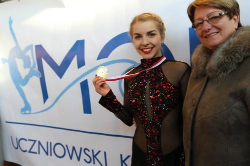 Elżbieta Gabryszak zajęła w Warszawie dziewiąte miejsce. Na zdjęciu wraz ze swoją trenerką Iwoną Mydlarz-Chruścińską. Fot. nadesłane