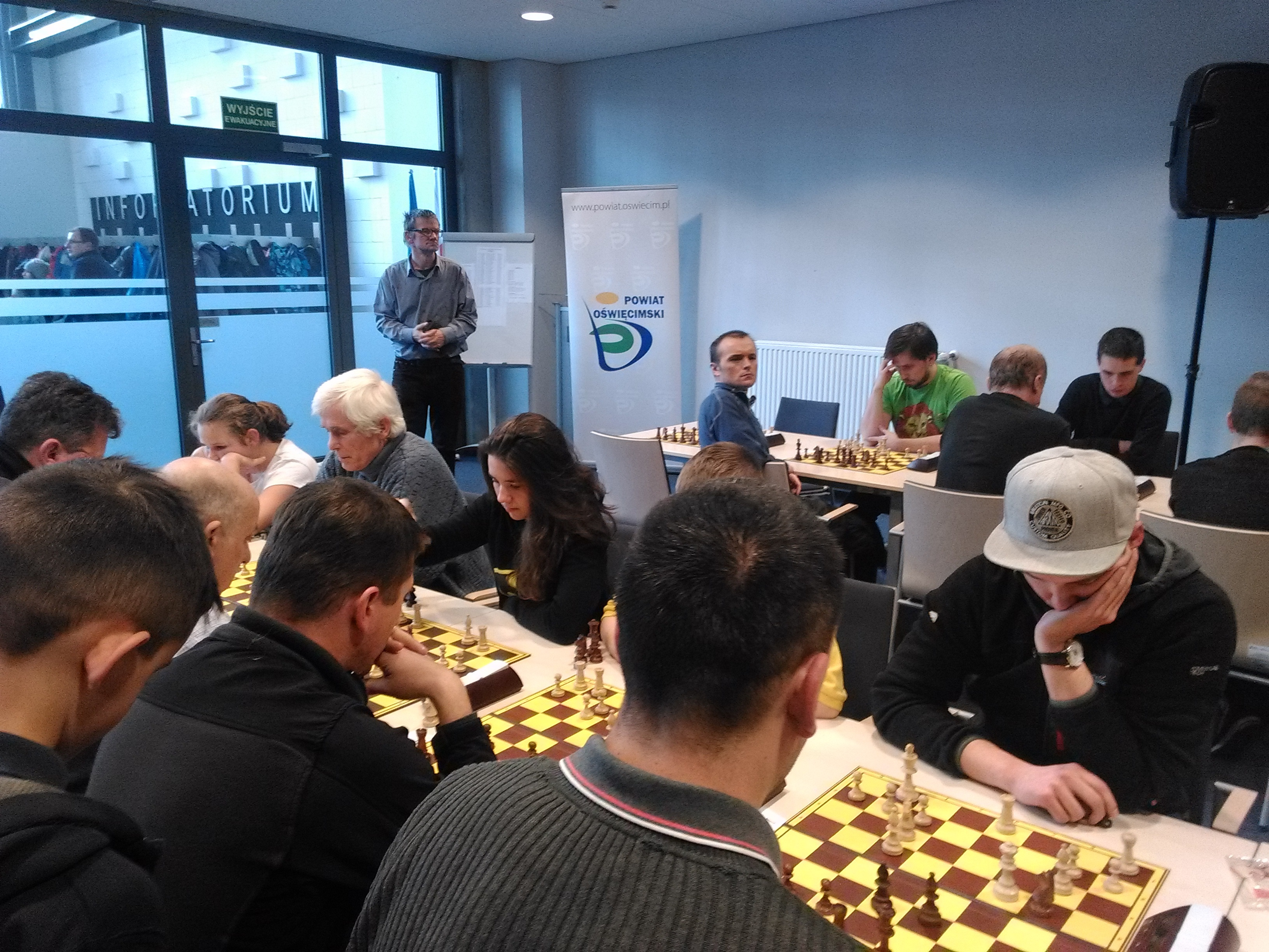 """W Miejskiej Bibliotece Publicznej już po raz szósty odbędzie się szachowy turniej o """"Puchar Starosty"""". Fot. zbiory organizatora"""