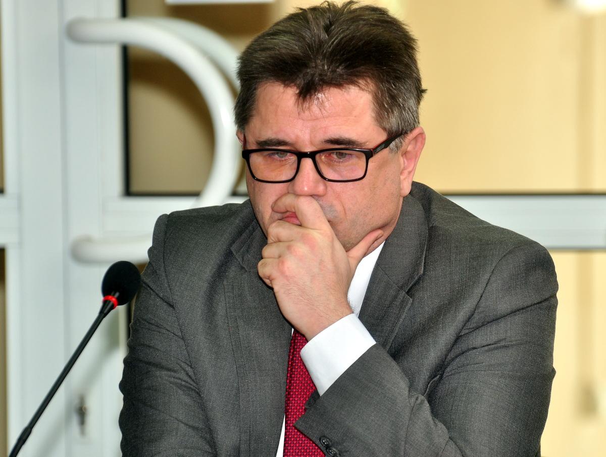 Wójt Albert Bartosz podczas wczorajszej sesji. Fot. Szymon Chabior