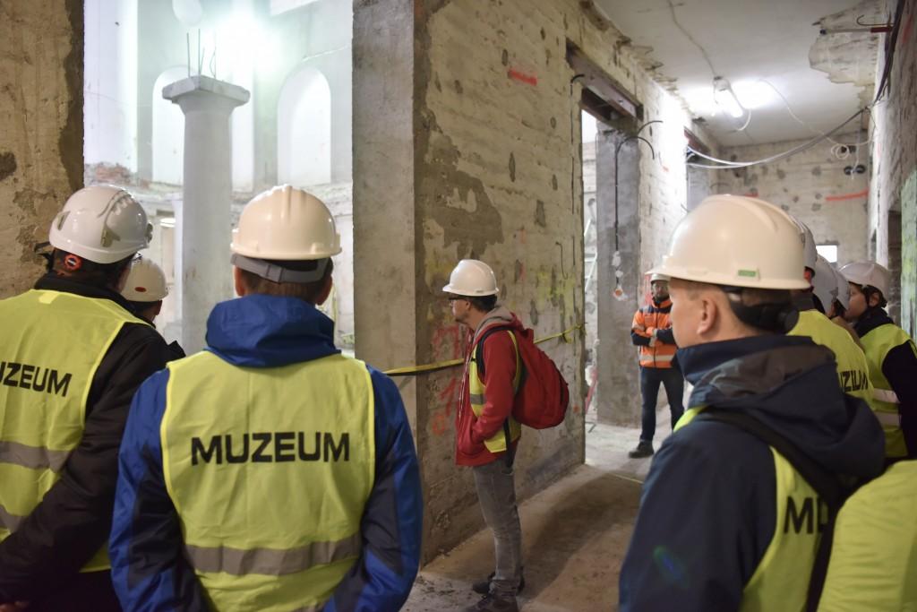 Wizyta na budowie nowej siedziby MCEAH w tzw. Starym Teatrze. Fot. Paweł SawickiFot. Muzeum Auschwitz