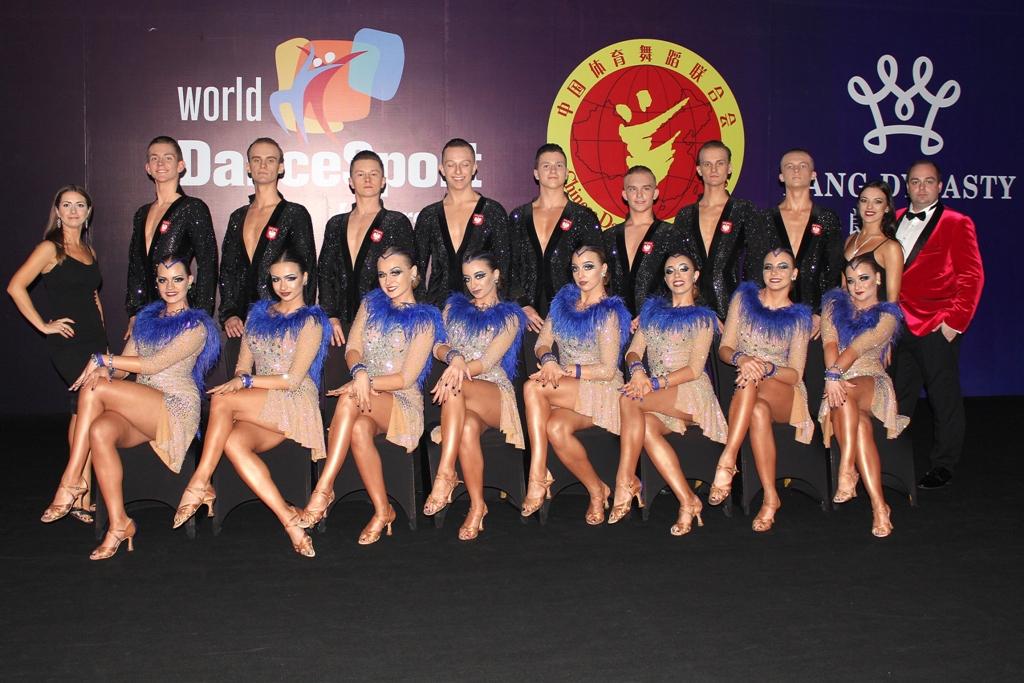 Formacja taneczna - Elita New Team z Oświęcimia zajęła dziesiąte miejsce w rozgrywanych w Chinach mistrzostwach świata. Fot. nadesłane