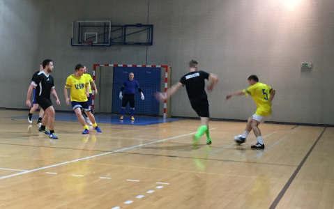 Dziś rozegrane zostana kolejne mecze Miejskiej Amatorskiej Ligi Piłki Nożnej w Oświęcimiu. Fot. zbiory OSSA