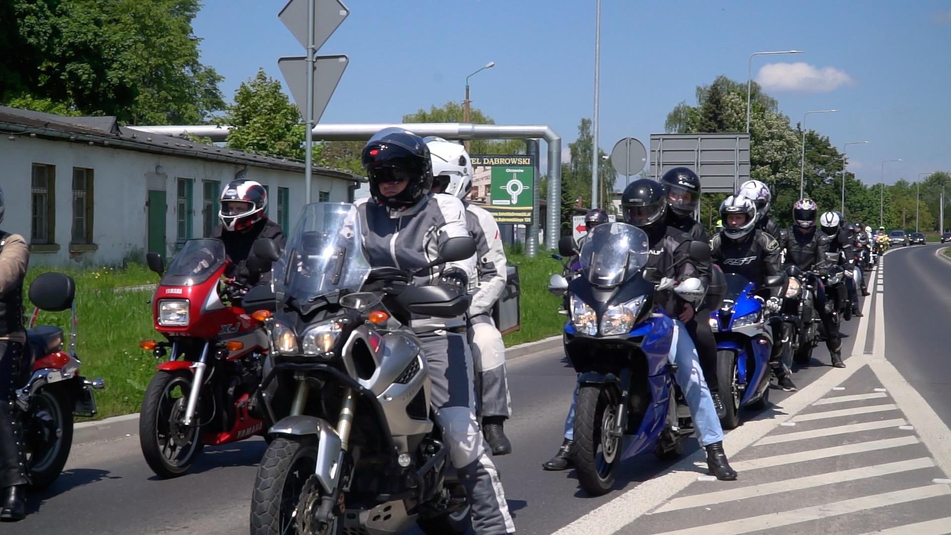 OŚWIĘCIM. Parada motocyklistów przejechała ulicami miasta