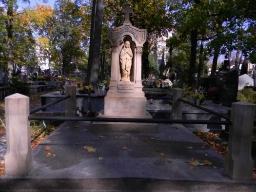 ZATOR. Kwesta na zatorskim cmentarzu