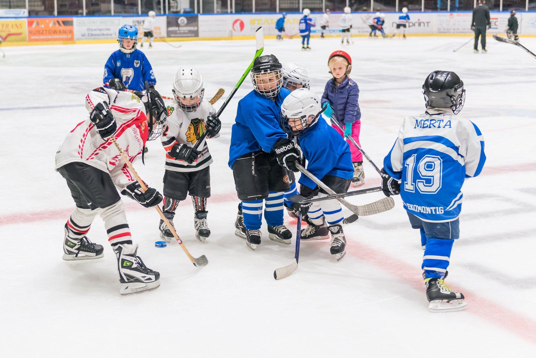14 września ruszą zajęcia mini-hokeja organizowane przez Miejski Ośrodek Sportu i Rekreacji oraz UKH Unię Oświęcim. Fot. nadesłane/zbiory UKH Unii