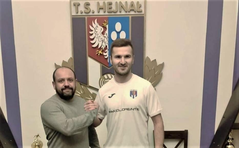 Bartłomiej Dudzic dołączył do zespołu kęckiego Hejnału. Na wiosnę zagra w drużynie razem ze swoim starszym bratem - Przemysławem. Fot. zbiory klubu