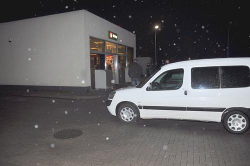 Na miejscu zdarzenia pracują policjanci. fot. sz